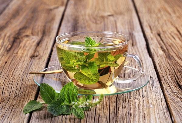 Aromatherapie bij keelpijn: genezen met etherische oliën