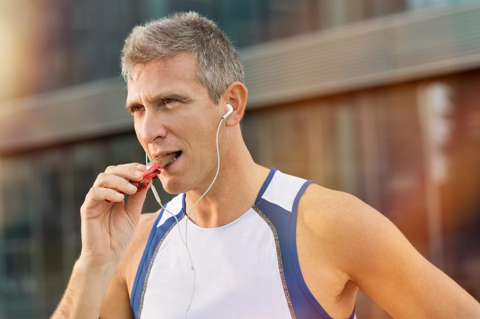 Gezond sporten? Niet zonder sportvoeding en een aangepaste hydratatie